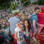 Fotos vom Axel Springer Truck beim CSD 2015 in Berlin , Copyright: Michael Huebner